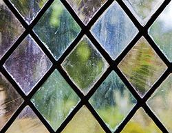 Diamond-Leaded Window Panel